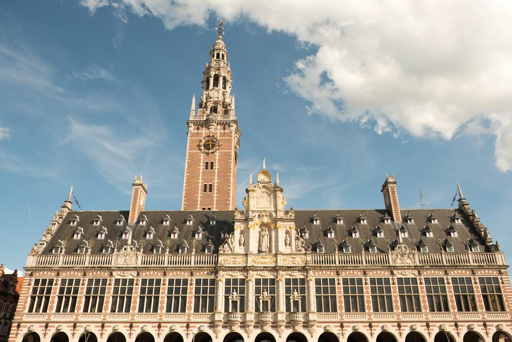 Universiteitsbibliotheek en de toren Leuven