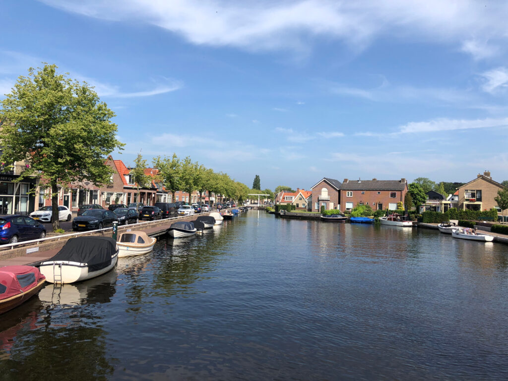 Deze afbeelding heeft een leeg alt-attribuut; de bestandsnaam is Joure-dorpen-Friesland-1024x768.jpg